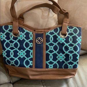 Croft and Barrow purse. Navy/teal